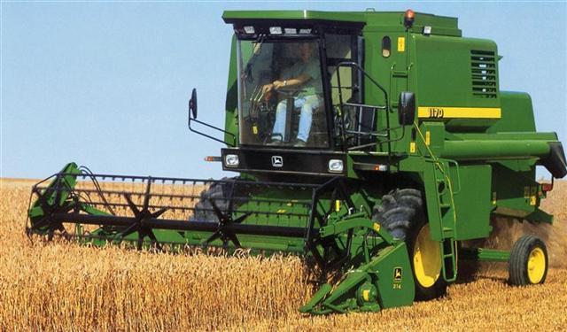 Combine harvester JOHN DEERE 1170